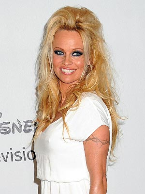 Dancing with the Stars: Pamela Anderson Swears Off Men for Season 15 Competition