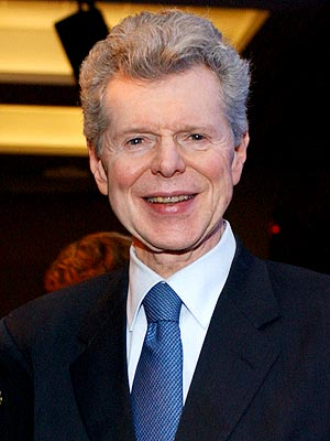 Van Cliburn Dies, Was Pianist and American Cultural Ambassador