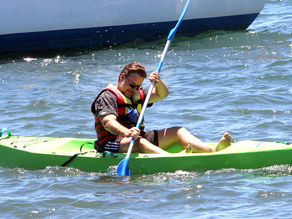 Russell Crowe Kayaking Accident; Gets Lift from Coast Guard