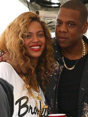Beyonce Pregnancy Rumors Not True, Says Jay-Z