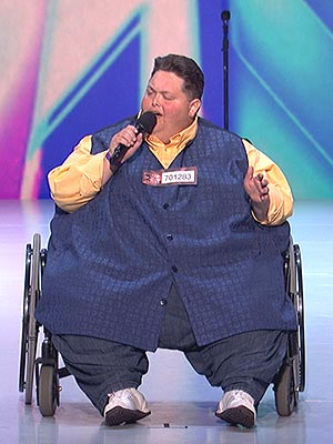 The X Factor: Simon Cowell Makes a Deal with 540-Lb. Contestant