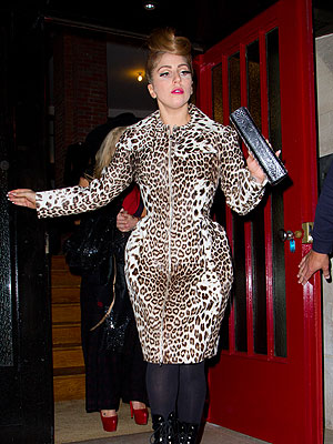 Lady Gaga Shows Off Curvy Figure in Paris