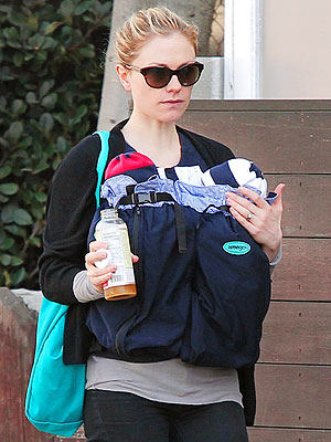 Anna Paquin Takes a Post-Holiday Stroll With Her Twins