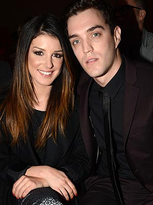 Shenae Grimes Engaged