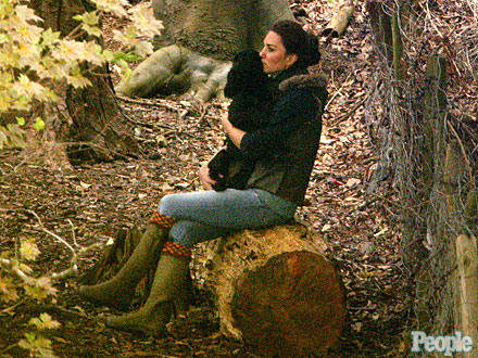 Kate Middleton Volunteers with Scouts, Brings Dog