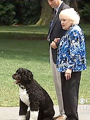 Betty White Meets Dog Bo, President Obama During White House Visit