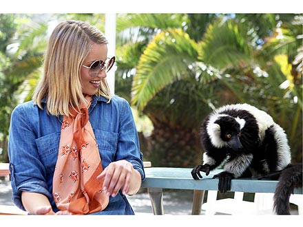 Dianna Agron's Summer Job: Helping Hungry Animals