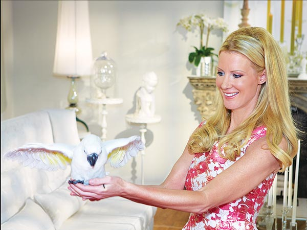 Sandra Lee: Having a Cockatoo Is Like Having a Dog