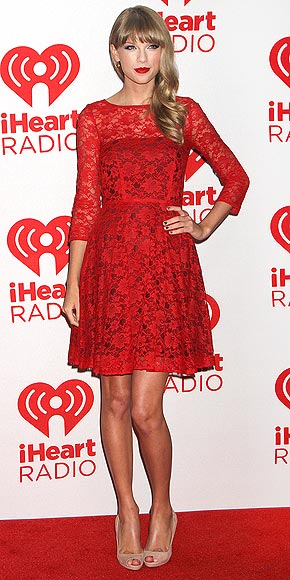 taylor swift 290 Taylor Swift Stuns In Red Again, In French Connection Dress For 2012 iHeartRadio Music Festival