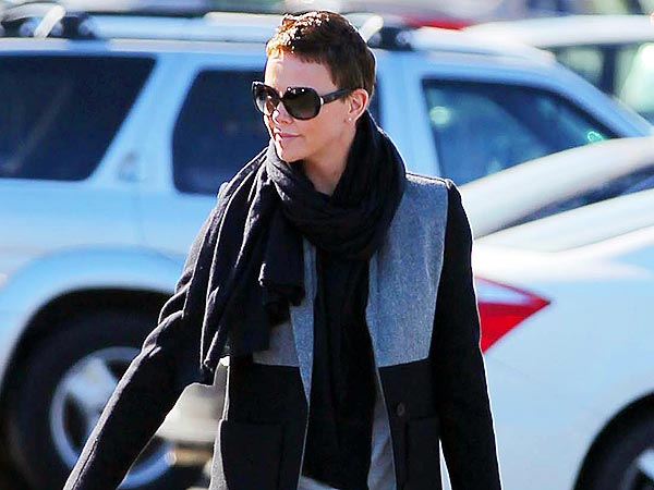 Charlize Theron Relaxes With a Girls' Dinner in West Hollywood