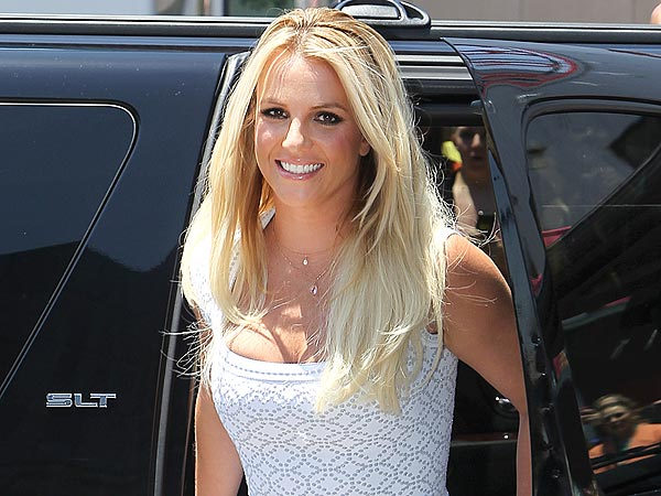 Britney Spears Indulges in Decadent Four-Course Meal in Hollywood