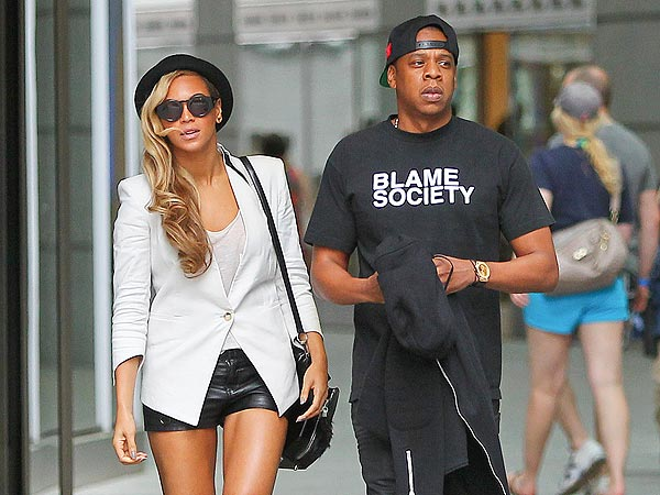 Beyoncé & Jay Z's Day in Boston: Champagne & Shopping Sans Blue Ivy