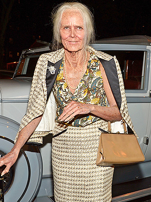 Heidi Klum Morphs into an Old Lady for Halloween – See Her Spectacular Costume
