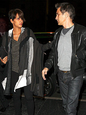 Halle Berry Steps Out for the First Time After Baby