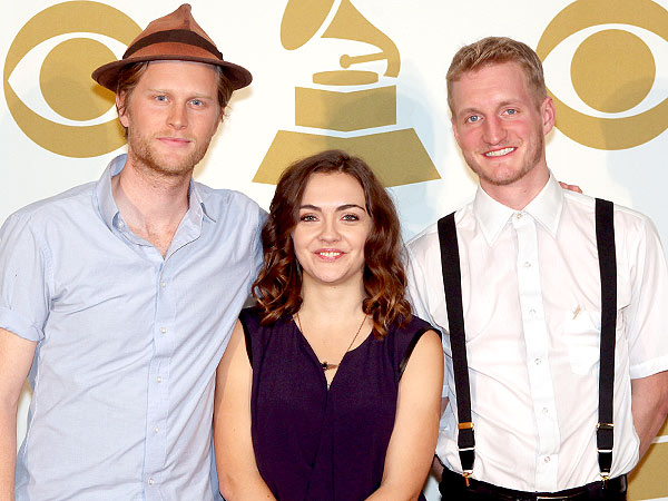 http://img2-3.timeinc.net/people/i/2013/news/130128/lumineers-600.jpg