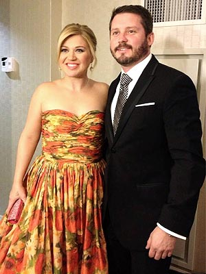 Kelly Clarkson & Fiancé Brandon Blackstock Attend Inaugural Ball