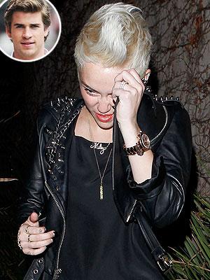 Miley Cyrus Split Rumors: Not Wearing Engagement Ring