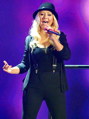 Christina Aguilera Writes Long Love Letter to Fans
