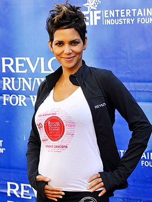 Mother's Day: Halle Berry's Fiance and Daughter Plan the Day
