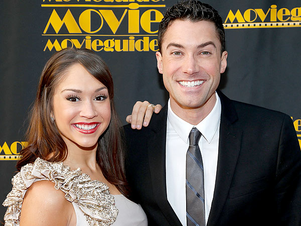 Diana DeGarmo and Ace Young Share Their Wedding Party Favors
