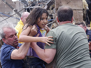 Children Pulled from Rubble After Oklahoma Tornado Kills More Than 50