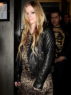 Avril Lavigne Is Not Pregnant: Source