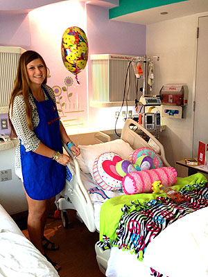 Texas Mother And Daughter Make Hospital Rooms Feel Like