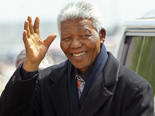 Nelson Mandela Dies: Dignitaries and Stars Pay Respects