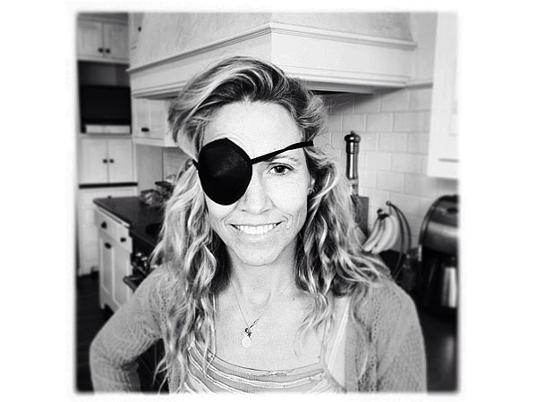 Sheryl Crow Sports Eye Patch After Playing with Sons