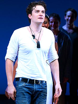 Orlando Bloom Describes His Great Love in Romeo and Juliet Scene: See the Video