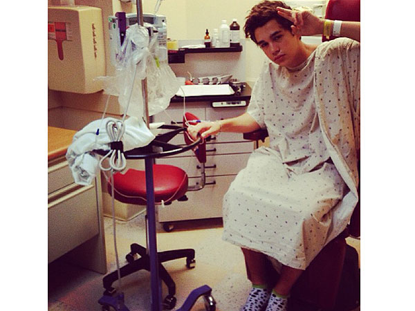 Austin Mahone rushed to hospital