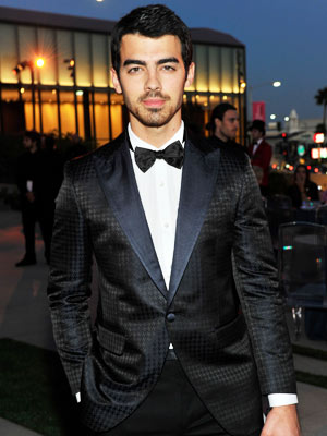 Joe Jonas Breaks Silence, Says He Wants to Act