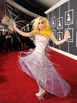 Lady Gaga to Perform in Space