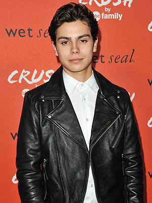Jake T. Austin's Car Involved in Hit-and-Run Accident
