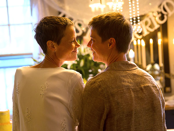 Terminally Ill Woman Travels Cross-Country to Legally Marry Her Partner
