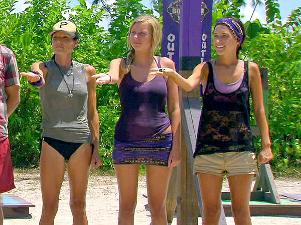 Stephen Fishbach's Survivor Blog: Contestants Draw Rocks in Jaw-Dropping Tribal Council