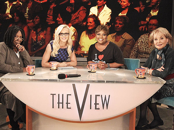 Jenny McCarthy: I'm Getting Into the Groove on The View