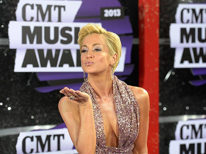 Click! The Best Shots from the CMT Awards