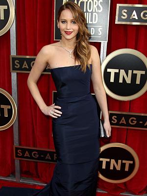 SAG Awards: Ailing Jennifer Lawrence Attends the Show