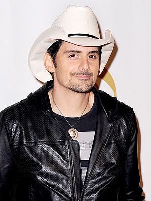 Brad Paisley Joins Rising Star as Expert