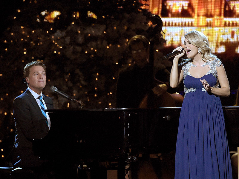 Carrie Underwood, Bono on Michael W. Smith Christmas Album ...