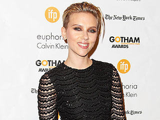 Scarlett Johansson Dishes on Her Family's Christmas Traditions