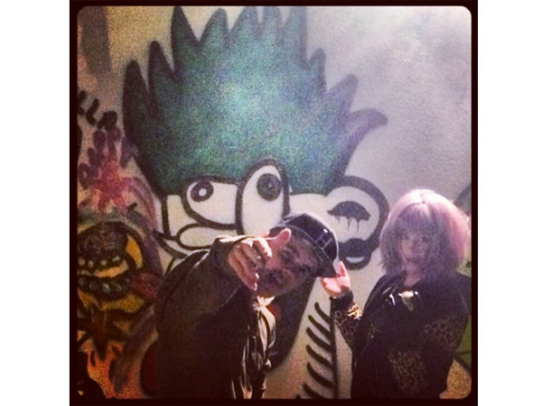 Kelly Osbourne Paints Graffiti with Justin Bieber After Announcing Split from Fiancé