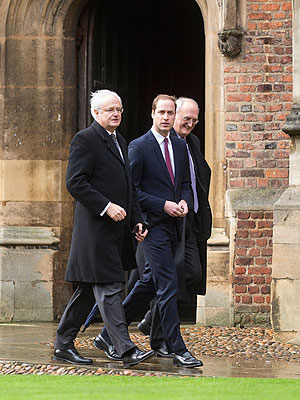 Prince William Checks Into Cambridge – in a Suit and Tie