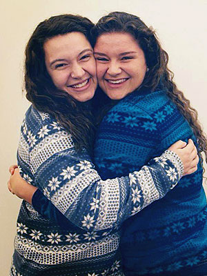 Tulane Students Discover They're Half-Sisters by the Same Sperm Donor