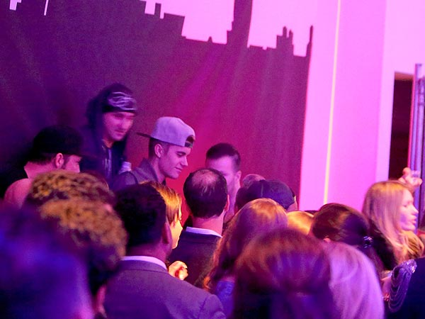 Justin Bieber Makes a Scene at Maxim Super Bowl Party