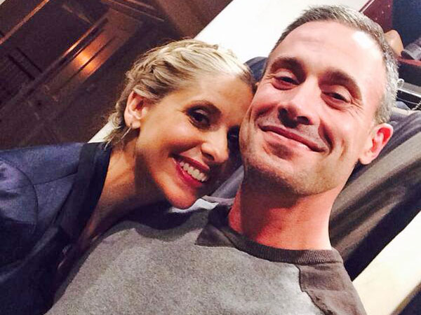 Sarah Michelle Gellar Cuddles Up to Freddie Prinze Jr. in Rare Pic