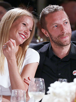 Gwyneth Paltrow & Chris Martin Have Dinner with Friends, Post-Split