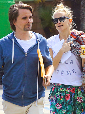 Kate Hudson and Fiancé Matthew Bellamy Look Relaxed and Happy in L.A.