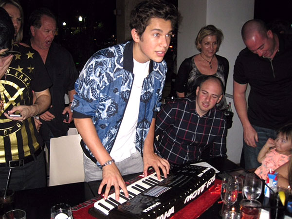 Austin Mahone Celebrates 18th Birthday in South Beach